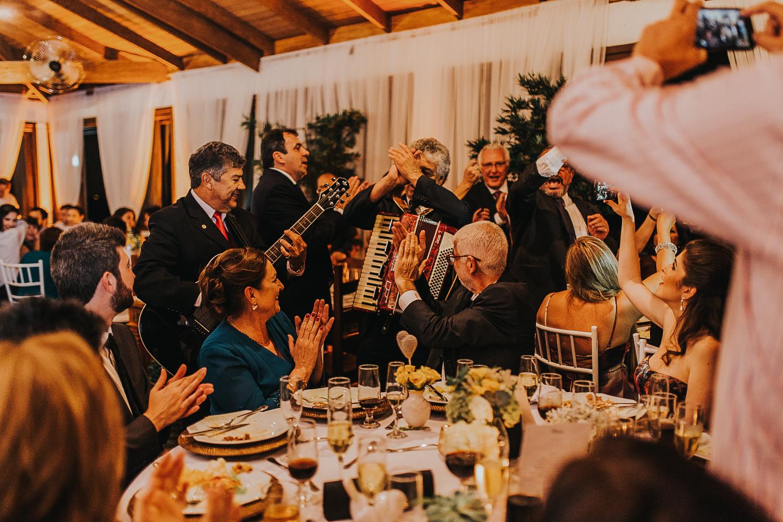 fotografia-casamento-de-dia-curitiba-villa-dei-nonni-49
