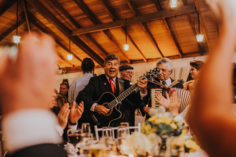 fotografia-casamento-de-dia-curitiba-villa-dei-nonni-52