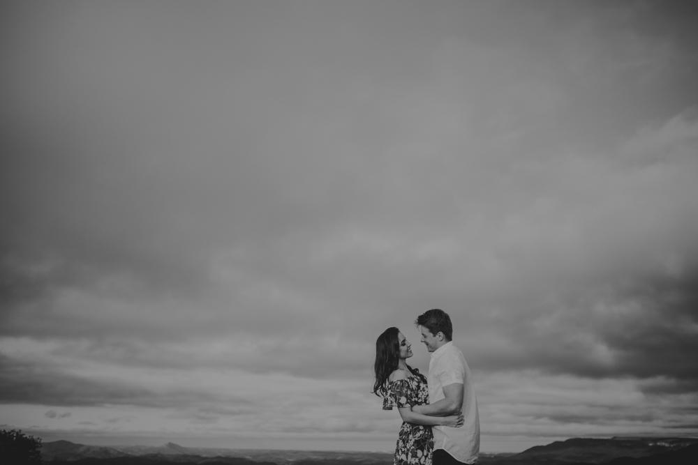 ensaio-curitiba-noivos-natureza-montanhas-casamento-22