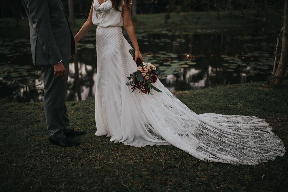 casamento-rustico-de-dia-santuario-morretes-decoração-vestido-boho-84