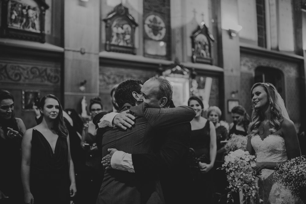 casamento-classico-igreja-curitiba-noivos-fotografia-58