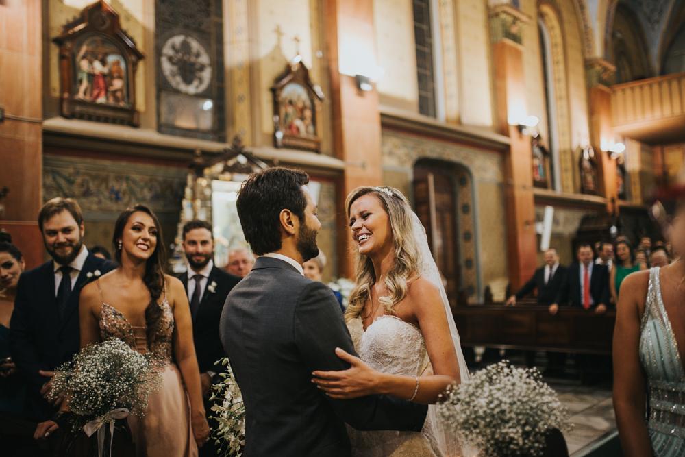 casamento-classico-igreja-curitiba-noivos-fotografia-62
