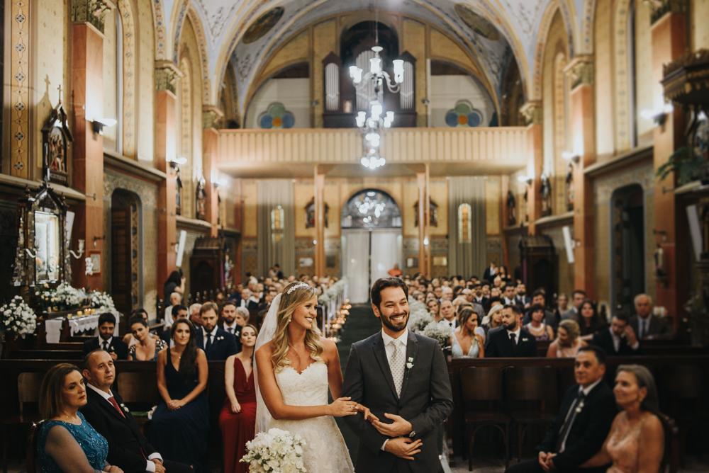 casamento-classico-igreja-curitiba-noivos-fotografia-79