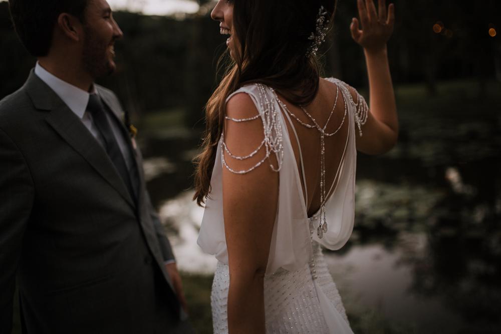 casamento-rustico-de-dia-santuario-morretes-decoração-vestido-boho-104