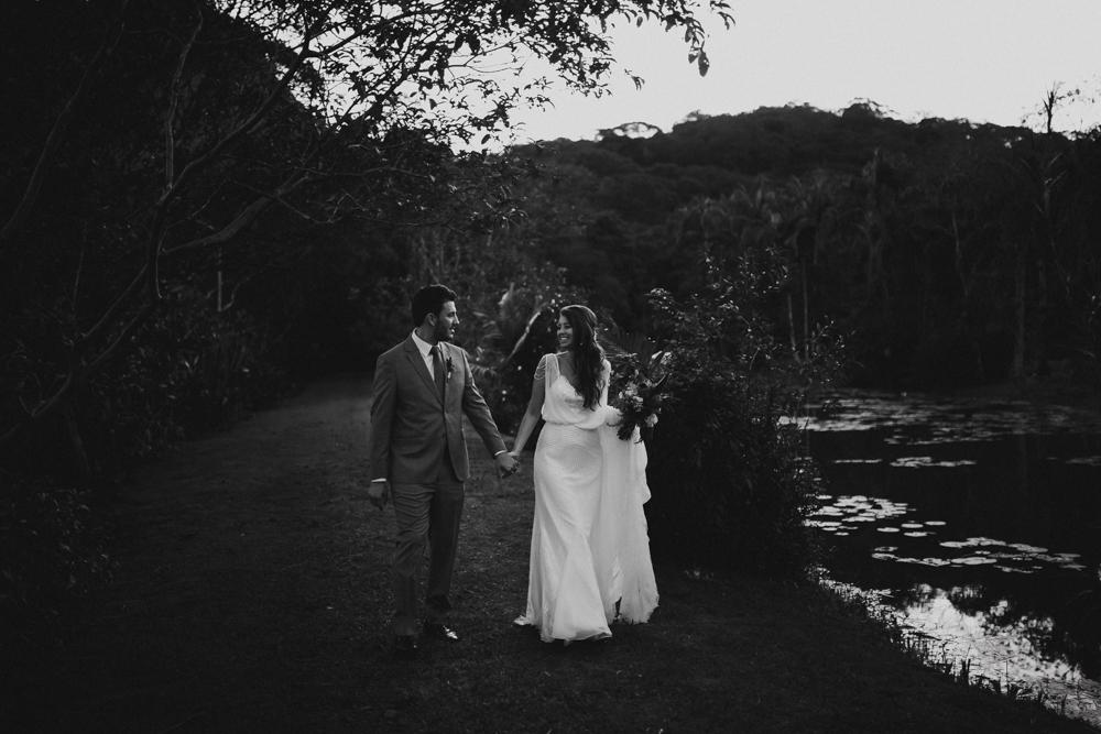 casamento-rustico-de-dia-santuario-morretes-decoração-vestido-boho-108