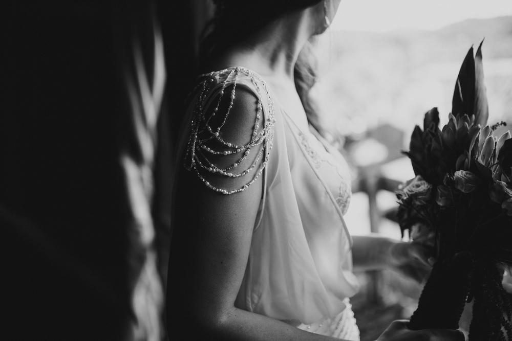 casamento-rustico-de-dia-santuario-morretes-decoração-vestido-boho-53