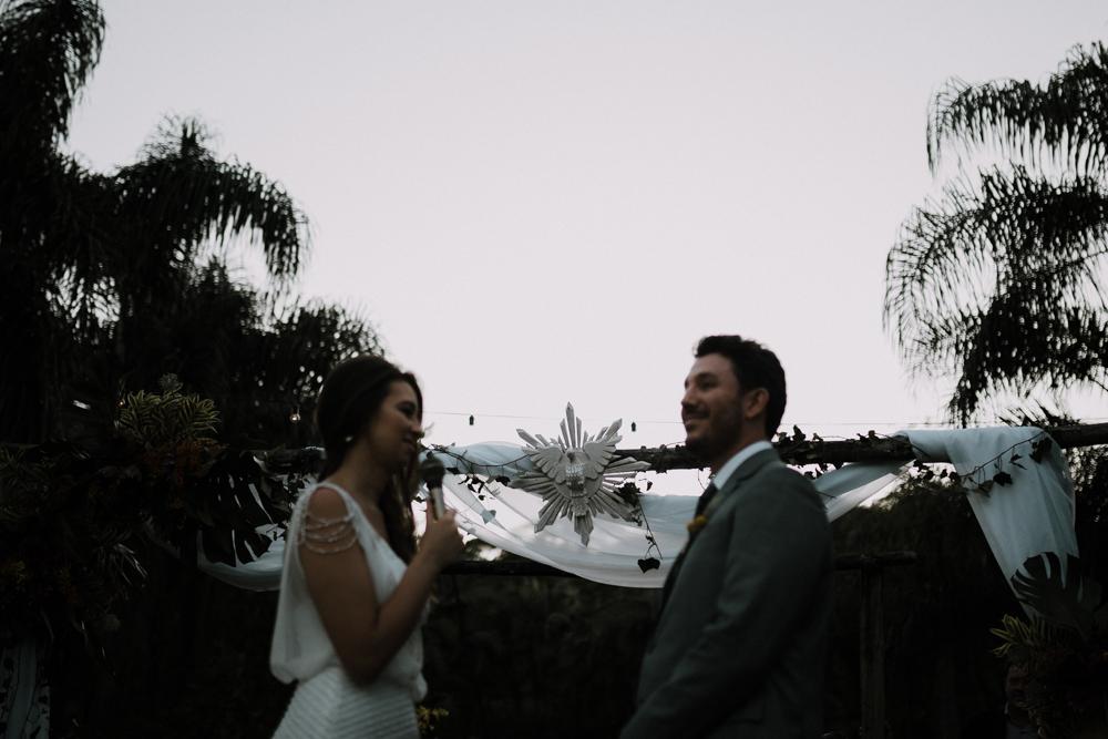 casamento-rustico-de-dia-santuario-morretes-decoração-vestido-boho-78