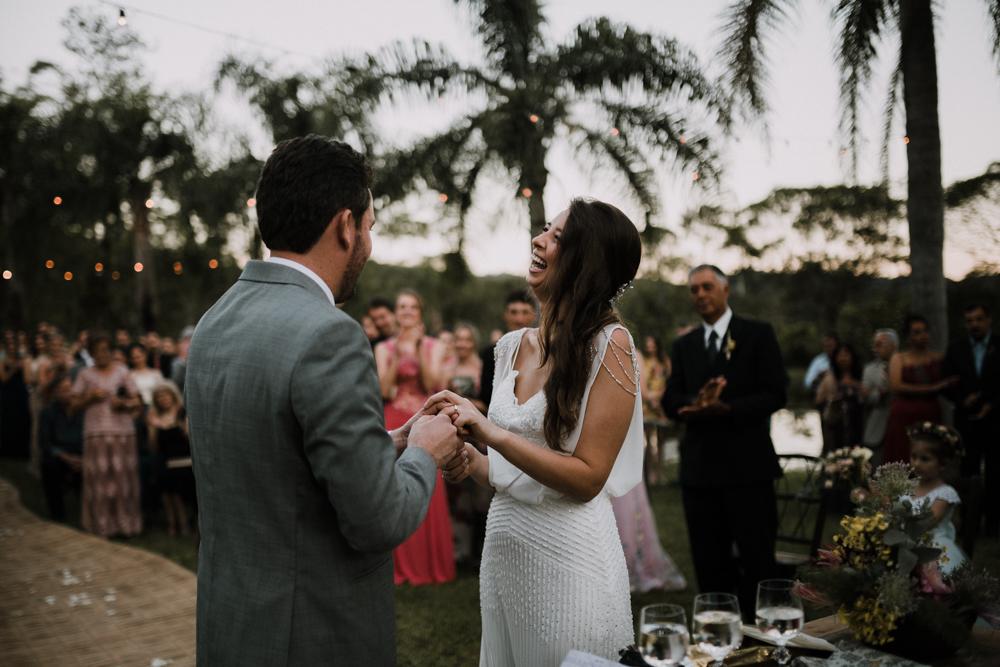 casamento-rustico-de-dia-santuario-morretes-decoração-vestido-boho-82
