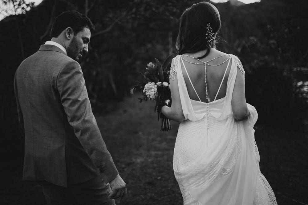 casamento-rustico-de-dia-santuario-morretes-decoração-vestido-boho-95