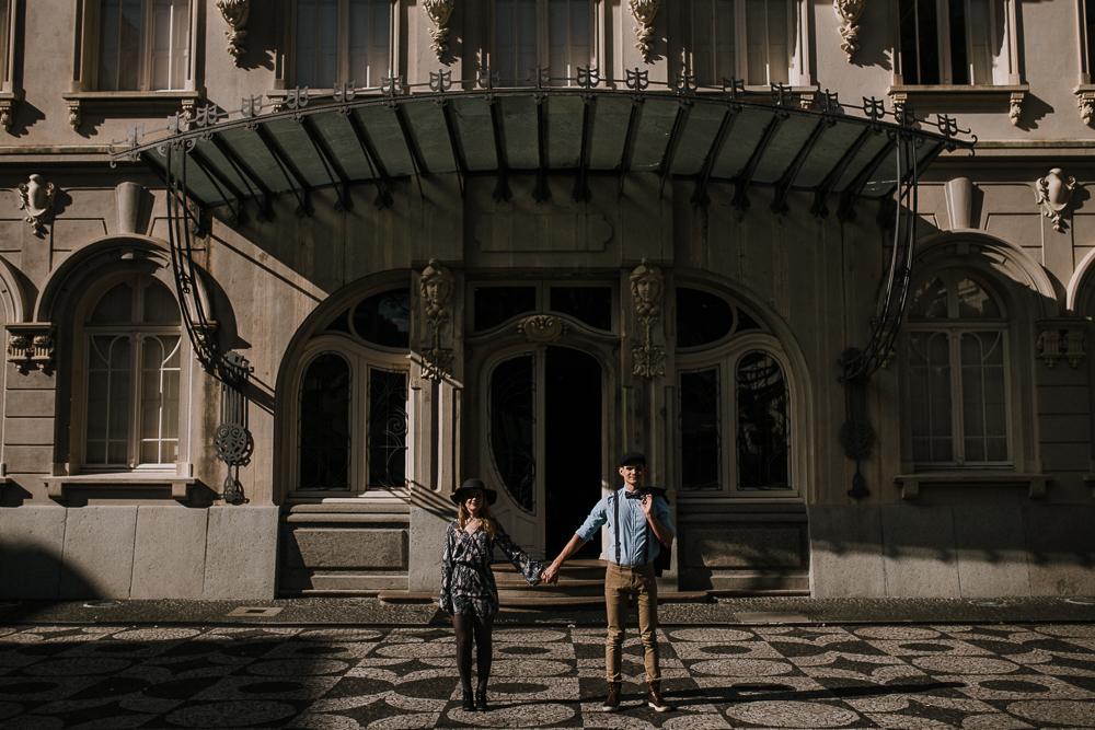 ensaio-casamento-curitiba-centro-paço-urbano-vintage-arquitetura-38