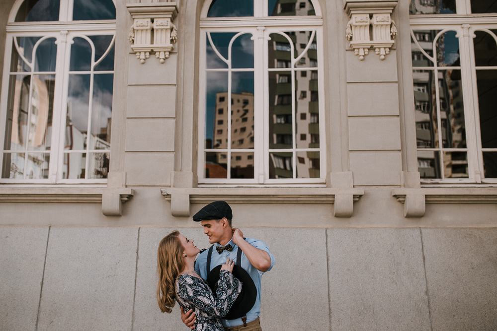 ensaio-casamento-curitiba-centro-paço-urbano-vintage-arquitetura-42