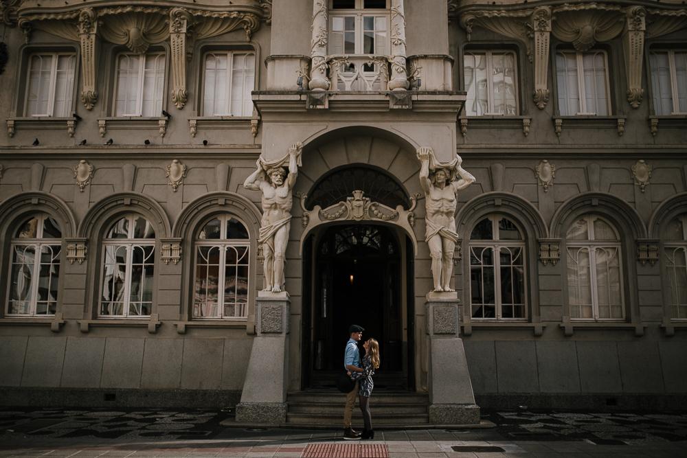 ensaio-casamento-curitiba-centro-paço-urbano-vintage-arquitetura-46
