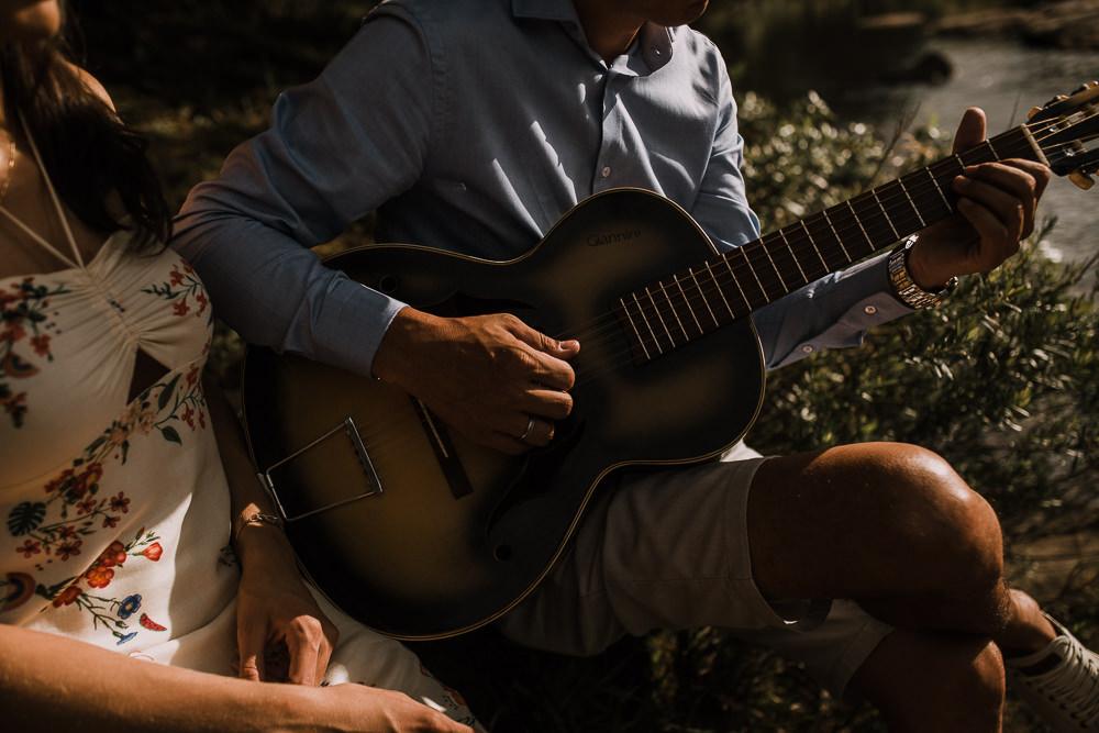 ensaio+casal+curitiba+campo+rustico+sol+violão+recanto+papagaios-17