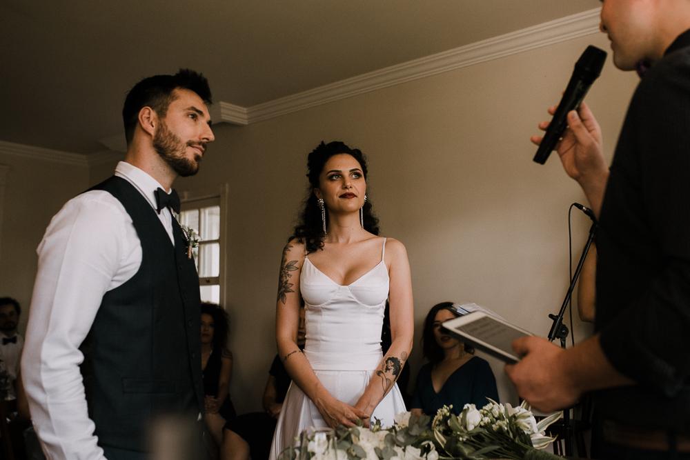 casamento+curitiba+moderno+minimalista+em+casa+sol+dia-44